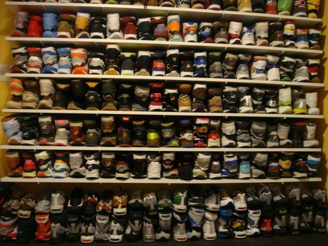 Bagaimana Kembangkan Peluang Bisnis Sepatu dengan Baik